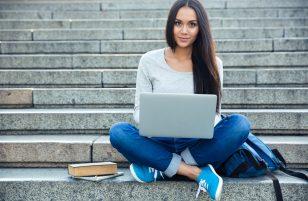 Notebook per studenti: caratteristiche indispensabili